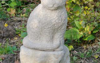 Katzenskulptur für ein Grab - Foto und Design: © Katharina Hansen-Gluschitz